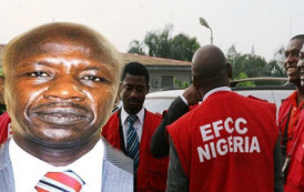 EFCC Arrests Own Staff  For Allegedly Collecting N15 Million Bribe From Lawmaker