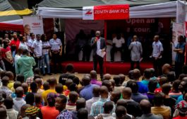 Zenith Bank Supports Ariaria Market Traders Against Rains, Donates Parasols