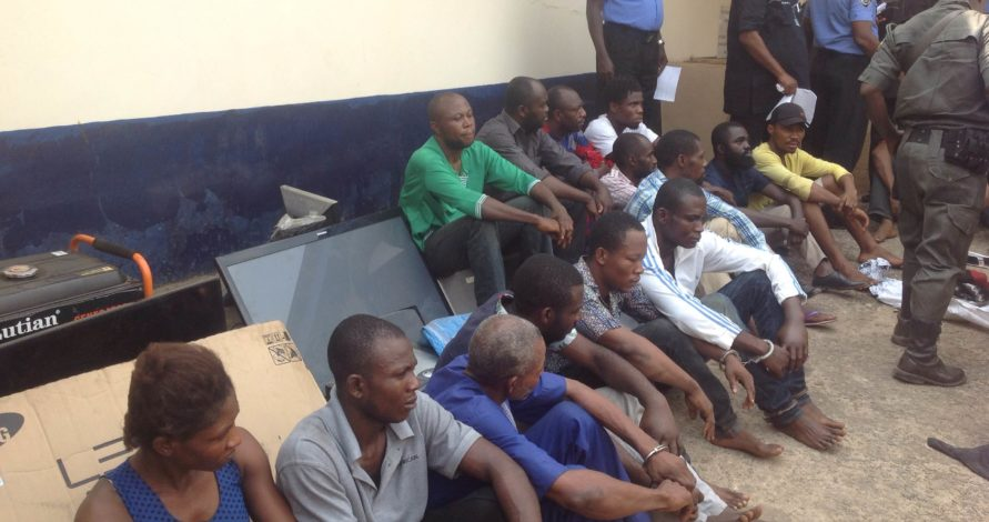 Police Parades Suspected Criminals, Child Traffickers In Abia